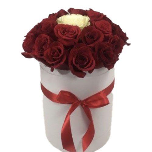 букет Коробочка 21 троянда