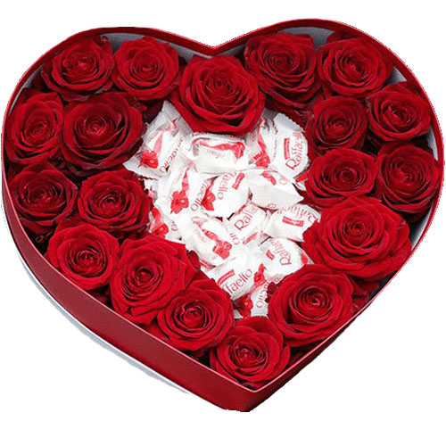 """Коробочка """"Солодке кохання"""" троянди та рафаелло"""