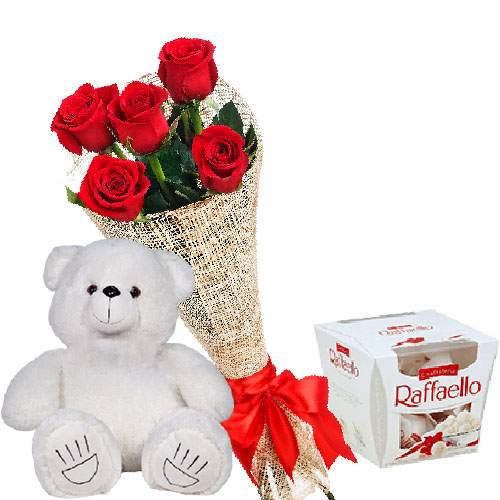 """товар Ведмедик з букетом троянд та """"Raffaello"""""""